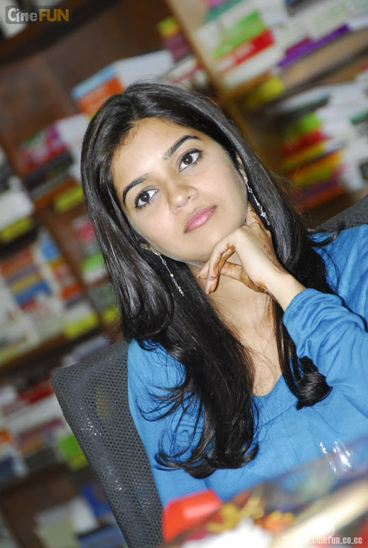 Swathi At If You Love Some One Book Launch Stills Photoshoot images
