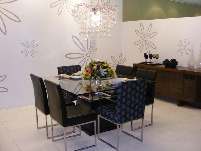 Sala De Jantar Com Mesa Quadrada Preta