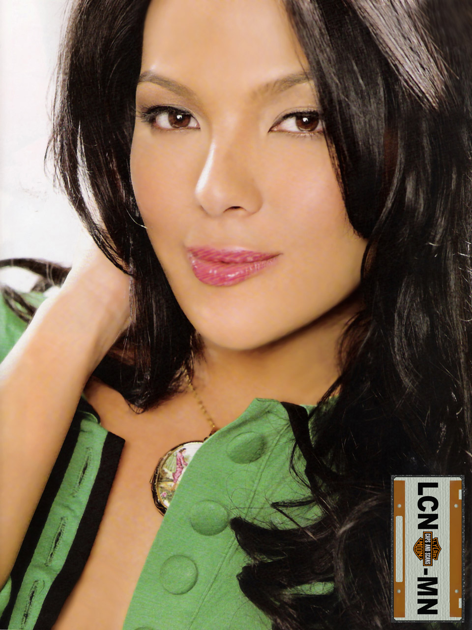 KC Concepcion Hot Pictures http://sexiestpinays.blogspot.com/2009/12/kc-concepcion-sexy-cleavage-photos.html