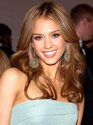 color, or liven up the look. Short Hair Jessica Alba