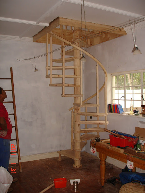 DIY Wood Spiral Staircase