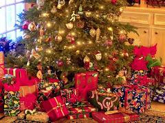 A pod choinką niech czekają na wszystkich prezenty