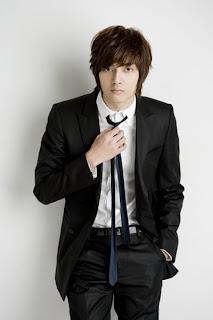 Kim Joon as Woo Bin