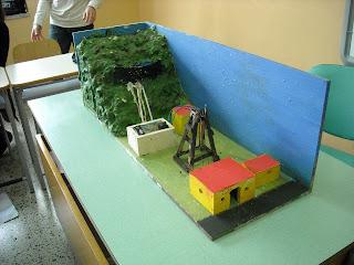 Le parole in gioco modello di centrale for Materiali da costruzione di casa modello