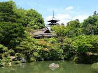 宸殿北の庭