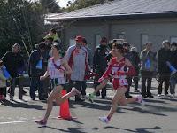 左、埼玉の藤ノ木さんと牧島さん