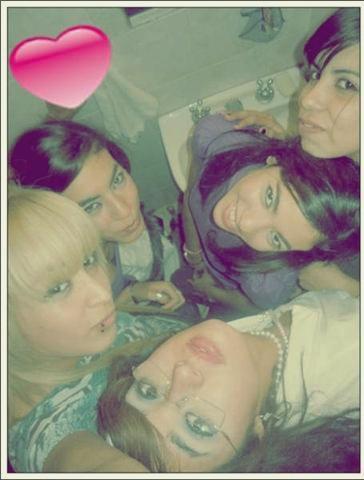 Con las Chicas (L)