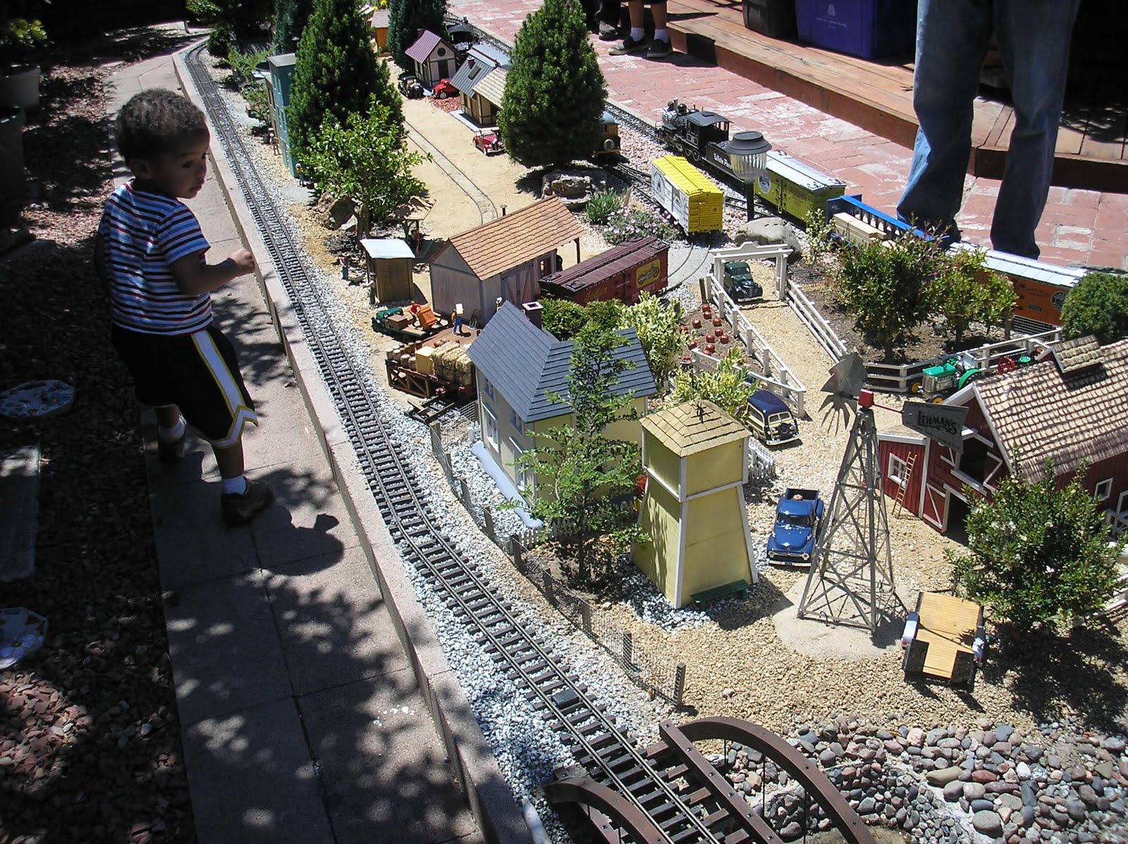 A Few Weekends Ago I Went On A Fund Raising Tour Presented By The Bay Area  Garden Railway Society To See Several Gardens On The Gilroy And Morgan Hill  Area.