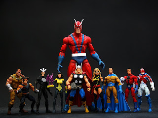 Toybiz Marvel Legends Wal Mart Giant Man Avengers Wolverine Weapon X Thor Sentry Warbird X-men Kitty Pride Havok Captain Britain Ant Man