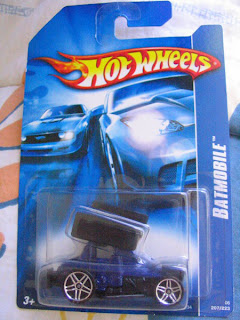 Batman Dark Knight Batmobile Hot Wheels  Batmobile Variation Slideout