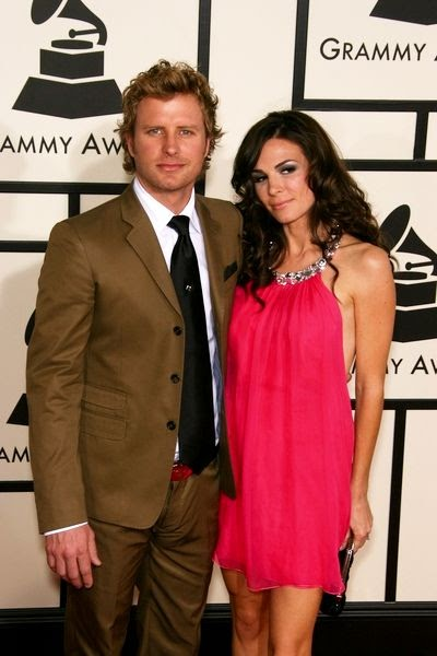 Todays Best Country Music Videos PHOTOS Happy Wedding Anniversary To Dierks And Cassidy Bentley