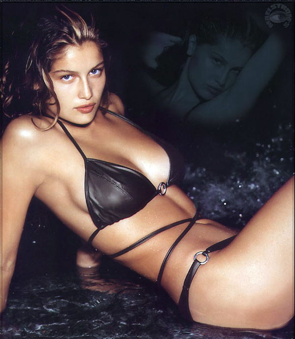 laetitia casta hot hairs. Laetitia Casta - Top Fashion