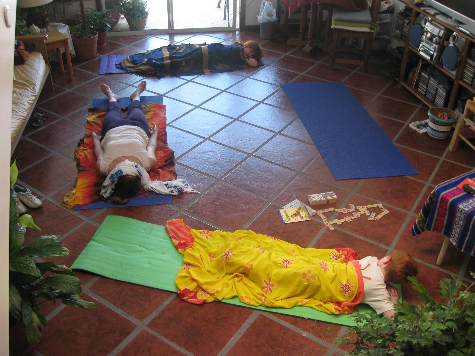 El tiempo libre de la tante mis clases de yoga en casa - Clases de yoga en casa ...