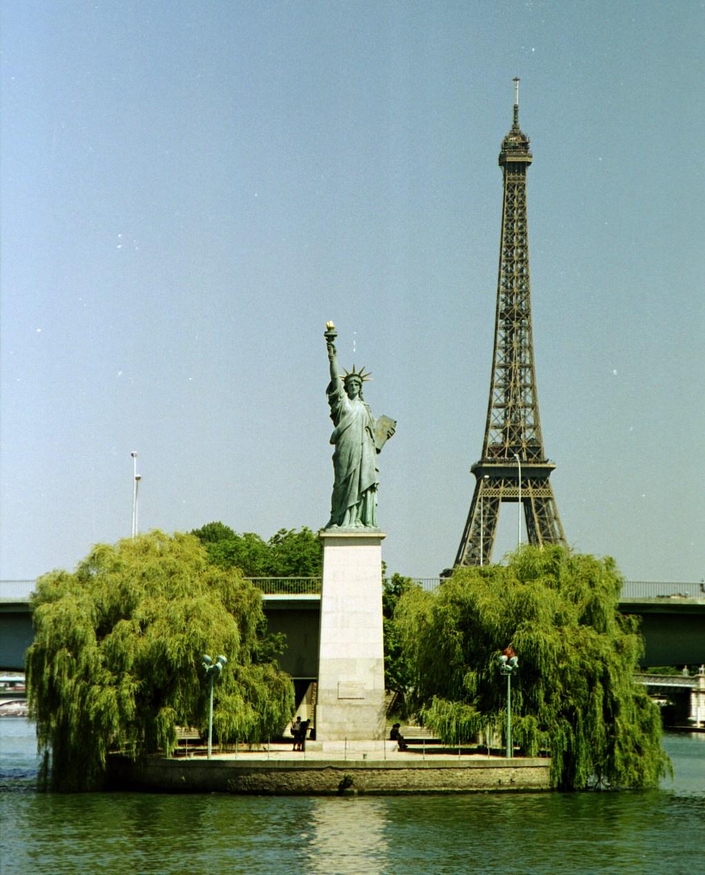 Culture incontournable la statue de la libert aux usa - Jardin du luxembourg statue de la liberte ...