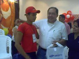 Miller Garcia y el Señor Alcalde Dr. Raul Franco