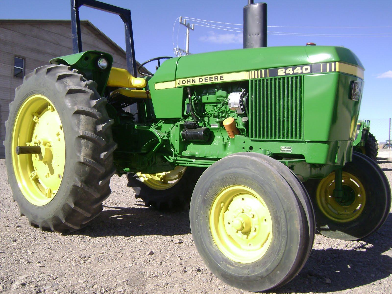 John Deere 2440 : Maquinaria agricola industrial tractor john deere