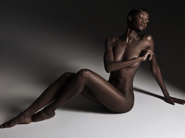 Nude African woman by Adrianna Williams. (Undated)