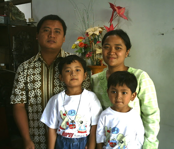 Keluarga Yohanes Tyas Endratno