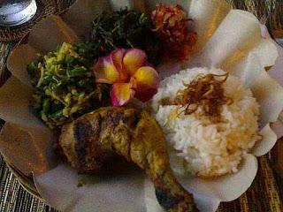 makanan+tradisional+khas+bali.jpg