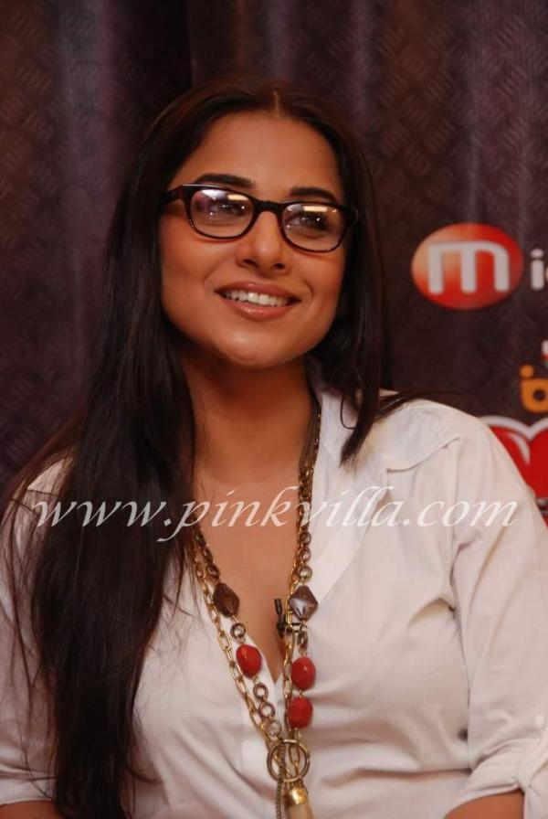 vidya balan on the sets of utv bindass andheri . vidya balan promotes ...