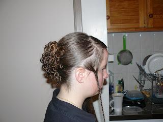Tuto chignon tossade bon pour un mariage coiffure cheveux long extension cheveux - Chignon facile a faire seule ...