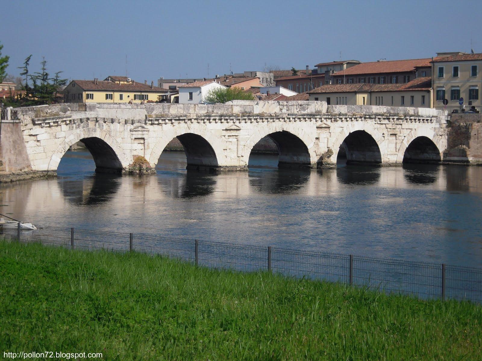 Rimini: ponte Tiberio e Borgo