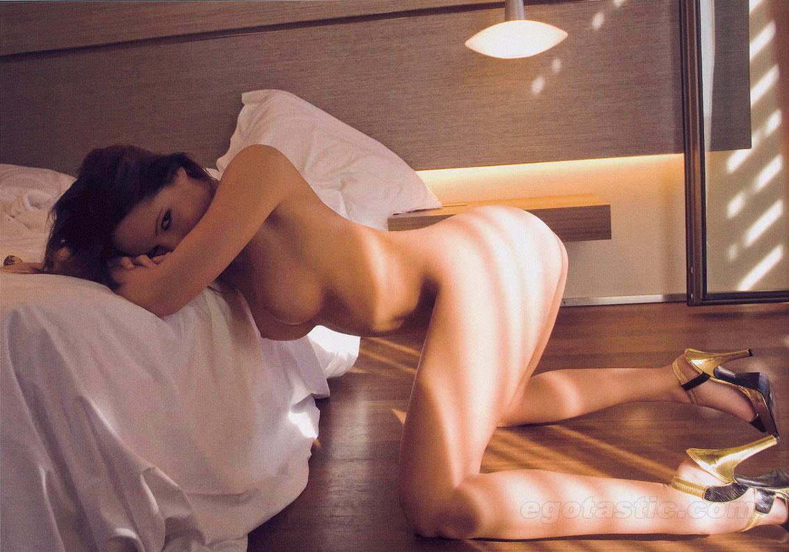 homse porno triana iglesias naked