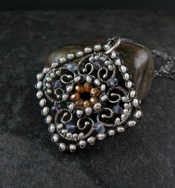 Wonderful Wire Jewelry Projects
