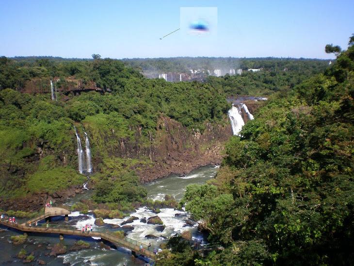 OVNI nas Cataratas do Iguaçú, PR - Brasil - 21-12-2007
