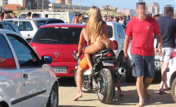 Motos E Mulheres Podem Causar Acidentes Cuidado