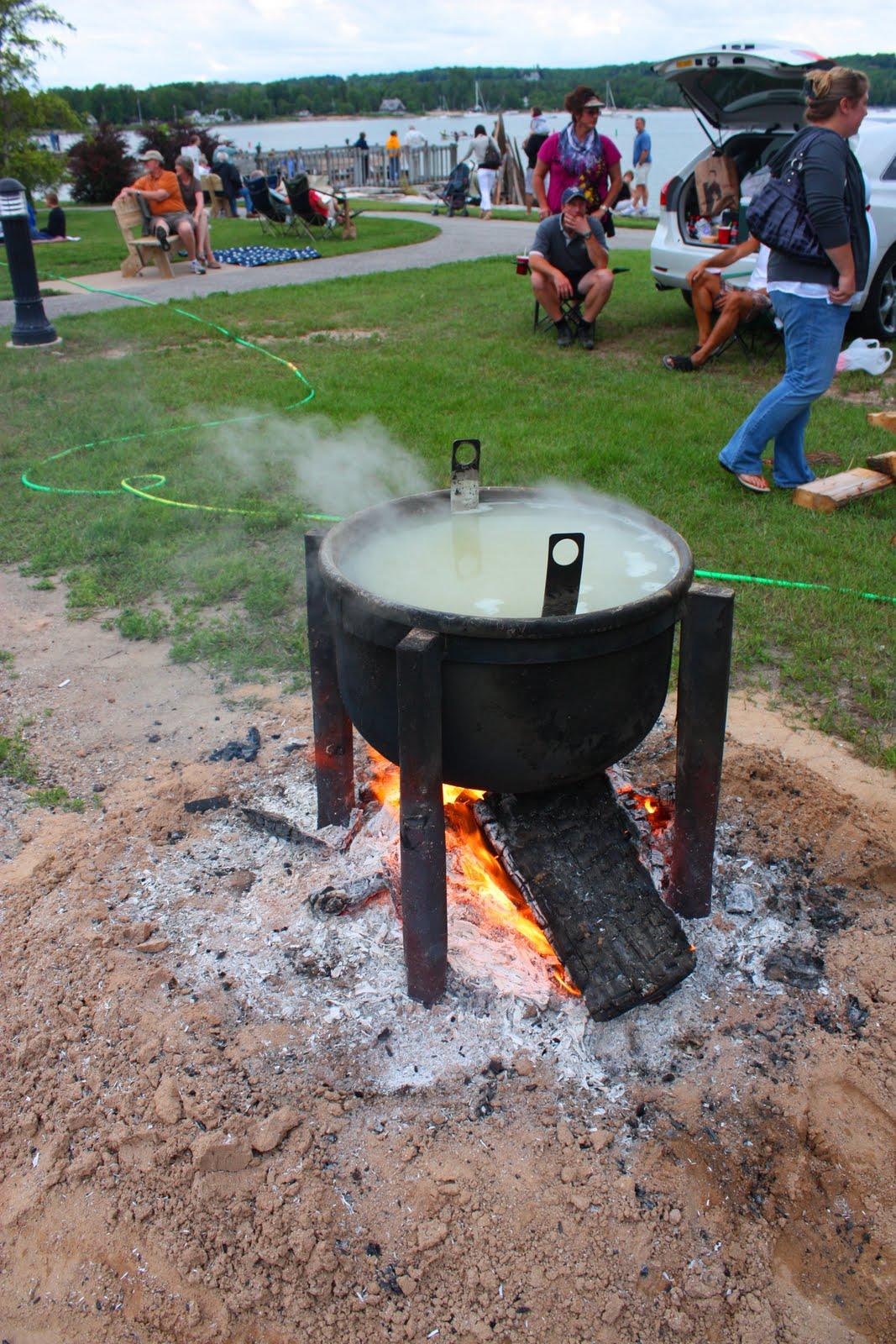 Christy summer road trip 2010 door county wisconsin for Fish boil door county