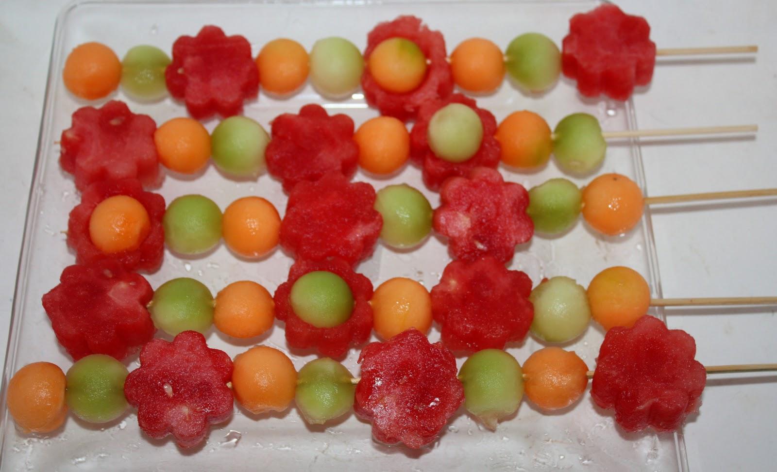 Christy: Mother's Day: Brunch Flower Fruit Kabobs