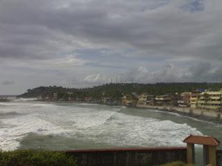 High Waves hit the beach