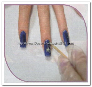 Diseños de uñas sencillas y elegantes Diseños de uñas sencillas y elegantes img6
