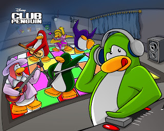 penguin's Christmas party Wallpapers