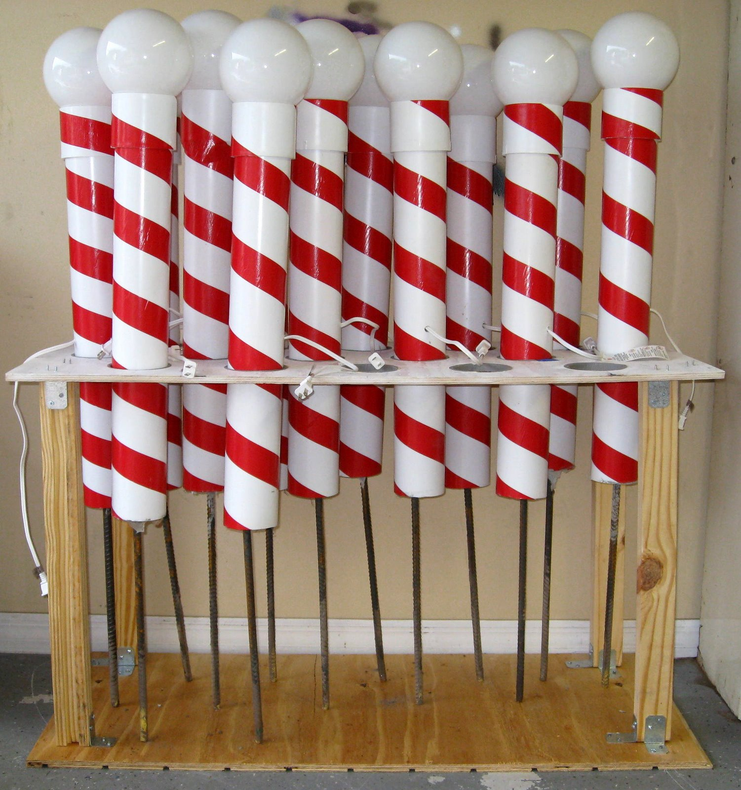 outdoor christmas decorations for copeland christmas - Christmas Pole Decorations