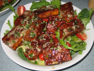 Marinated grilled tofu salad with ginger miso dressing - Salad Bonanza ...