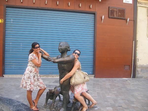 Eu abusando da estátua