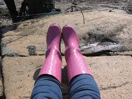 Polkadots boots...