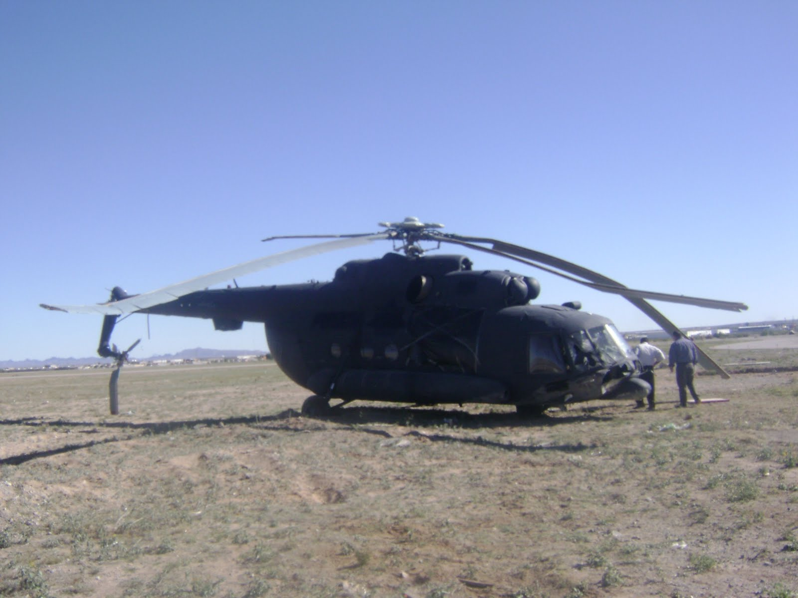El Helicoptero Mil Mi-17 en México - Página 2 DSC03209