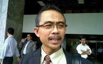 Profil Eman Suparman Ketua KY