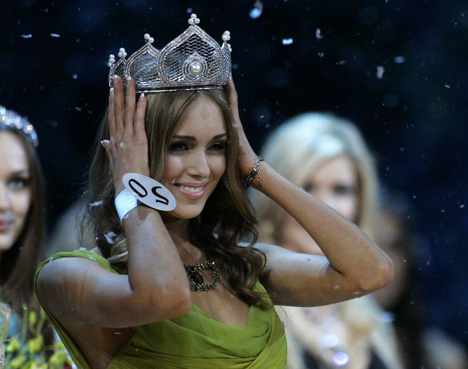 http://1.bp.blogspot.com/_qH1nDo_zS60/ST0ofnAH3NI/AAAAAAAABDs/aHVQVuQu5qw/s1600/Ksenia_Sukhinova_02.jpg