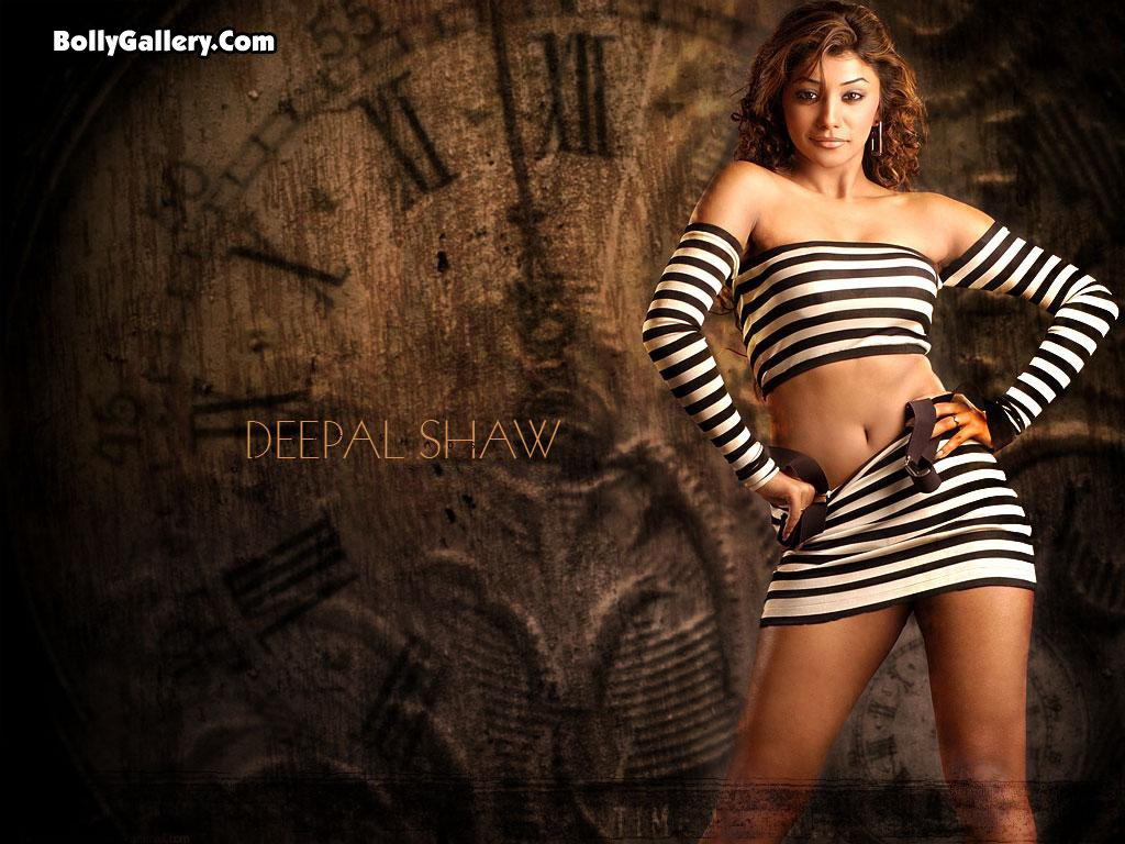 Deepal Shaw sexy gallery