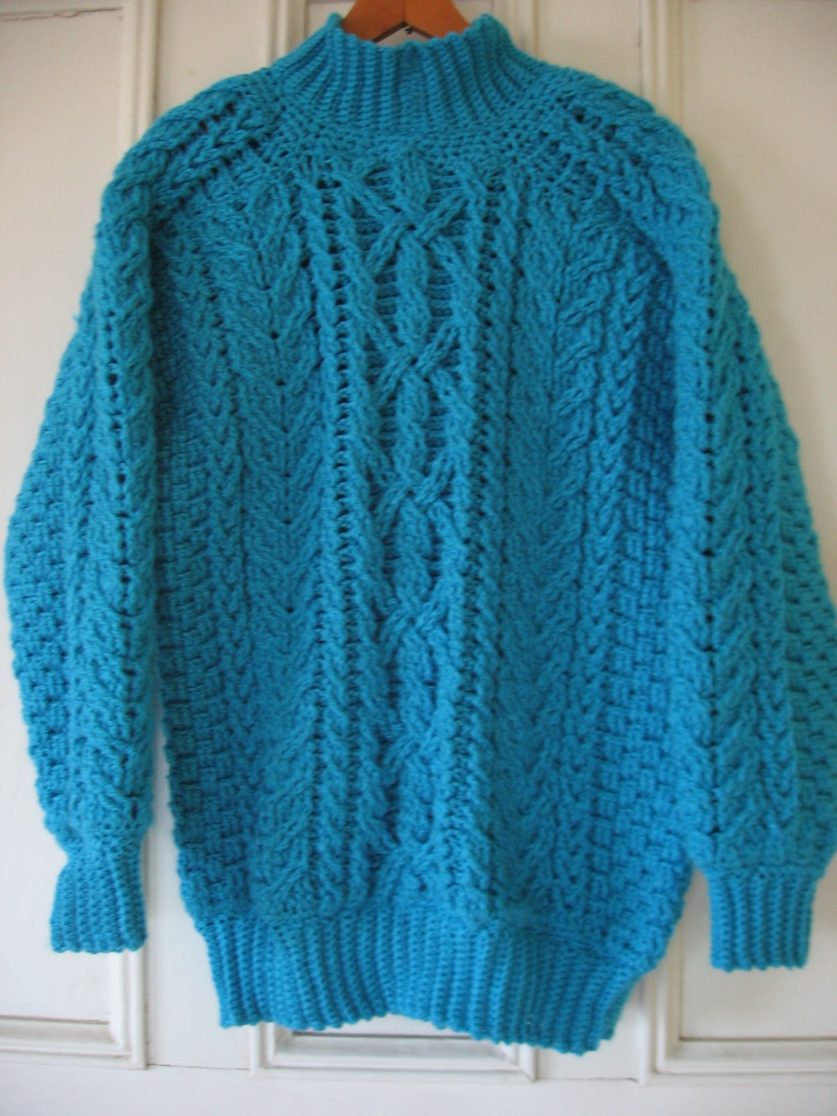 Crochet & Knit Enthusiasts: Aran (Fishermans) Sweater Crochet