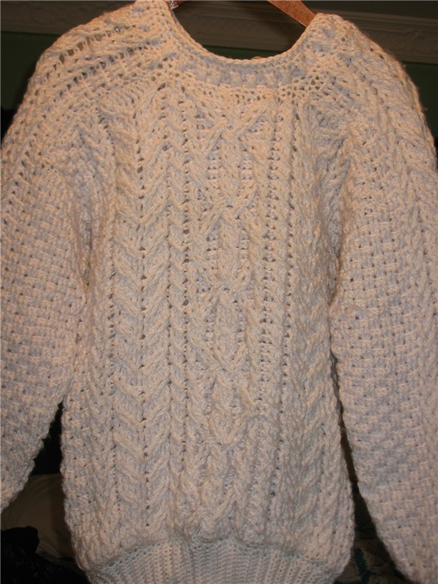 Fisherman Knit Sweater Pattern : Crochet & Knit Enthusiasts: Aran (Fishermans) Sweater Crochet