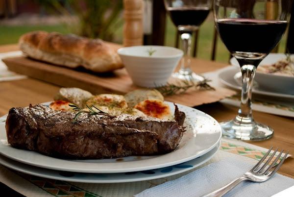 Comidas y Vinos Argentinos