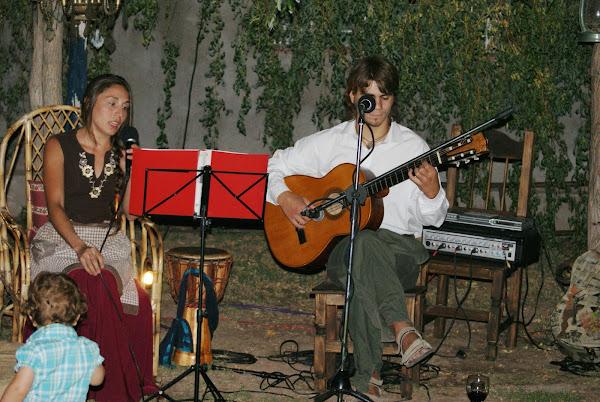 Noches de Musica y cuentos