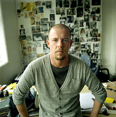 Alexander McQueen consumió drogas antes de ahorcarse