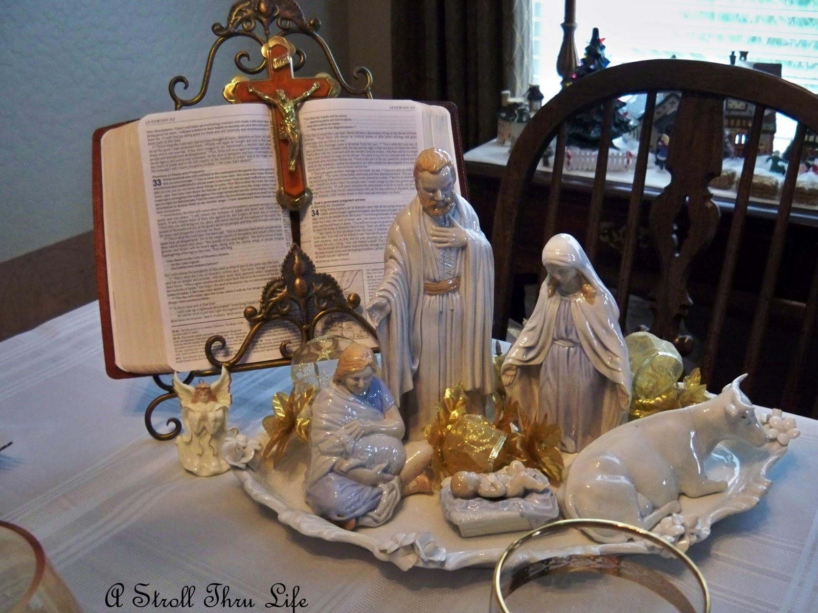 A stroll thru life holy night tablescape for O holy night decorations