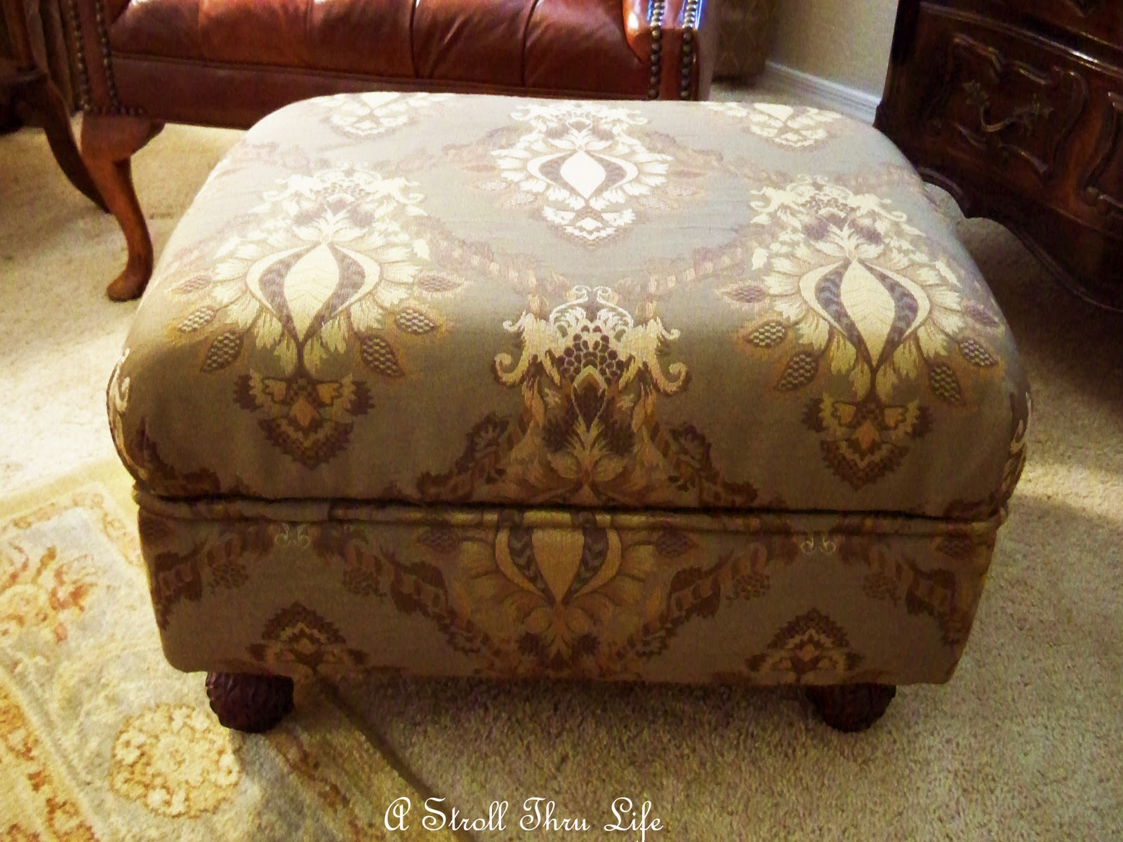 a stroll thru life how to make an ottoman. Black Bedroom Furniture Sets. Home Design Ideas